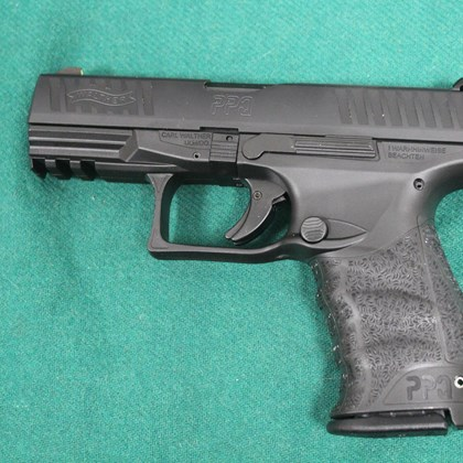 689-PISTOLA SEMIAUTOMATICA WALTHER MOD. PPQ CAL. 9X21