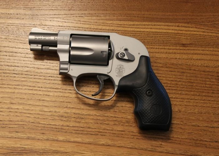 Pistola Revolver Smith & Wesson cal. 38 S&W